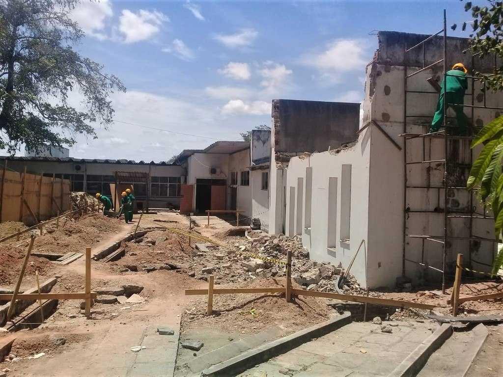 Paraíba Online • HUAC reforma para instalar unidades de Diagnóstico por Imagem e de Atenção à Mulher
