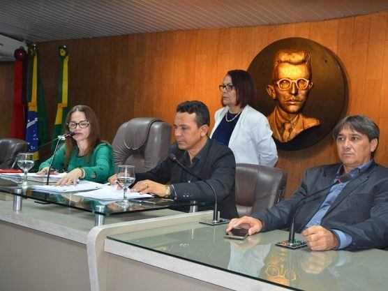 Paraíba Online • Vereadores campinenses aprovam novo salário mínimo retroativo