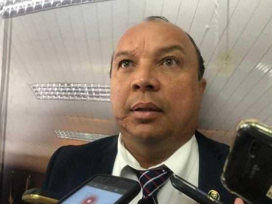 """Paraíba Online • Vereador campinense ataca """"administração ditatorial"""""""