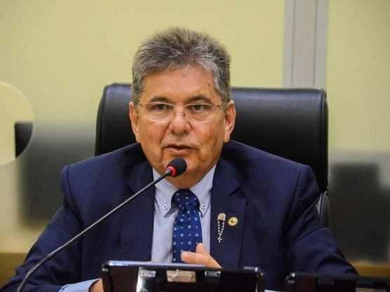 Paraíba Online • Adriano amplia as críticas ao ex-governador Ricardo Coutinho