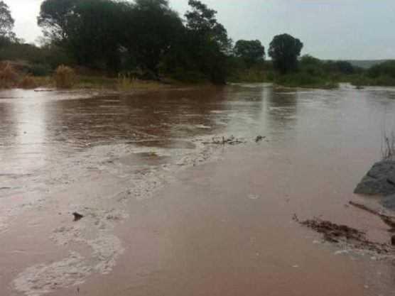 Paraíba Online • Águas das chuvas chegam ao espelho d'água de Boqueirão