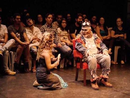 Em março de 2018, Elio Penteado atuou também na peça 'O Casamento de Trupizupe com a Filha do Rei'.