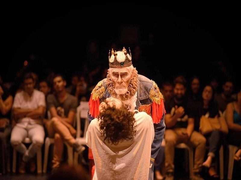 Em março de 2018, Elio Penteado atuou também na peça 'O Casamento de Trupizupe com a Filha do Rei'. Foto: Arquivo do Teatro Municipal Severino Cabral.
