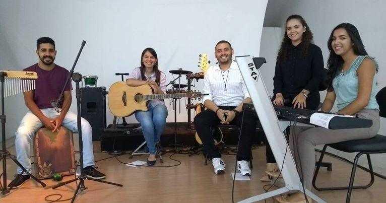 Paraíba Online • Quartas Acústicas apresenta em Campina show da Acoustic Band