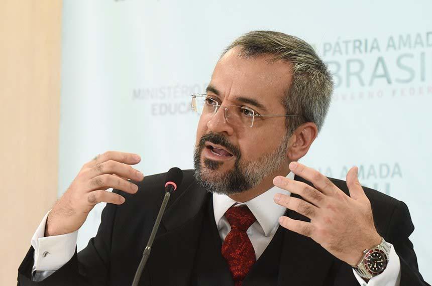 Paraíba Online • Ministro da Educação apresenta a senadores diretrizes da pasta