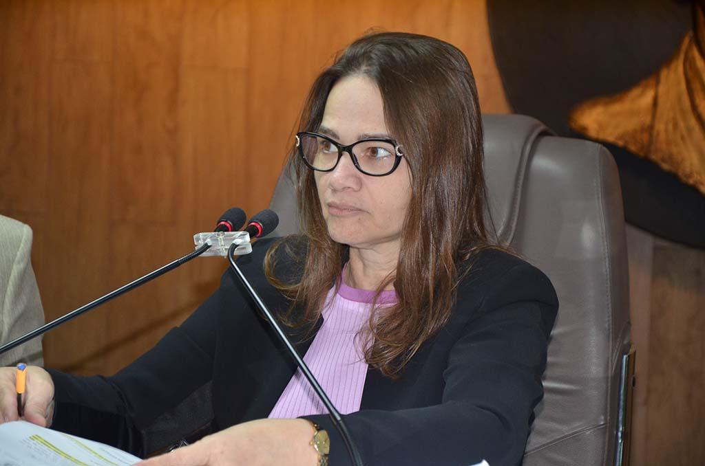 Paraíba Online • Presidente da CMCG ressalta importância do debate sobre a violência contra a mulher