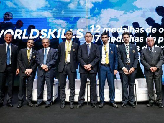 Paraíba Online • Na Fiesp, Bolsonaro defende que governo não atrapalhe empresários