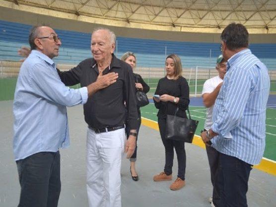 "Paraíba Online • Vice-Prefeito faz visita técnica ao Ginásio de Esportes ""O Meninão"""