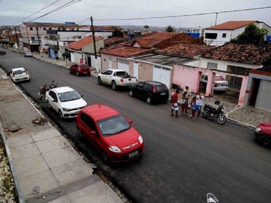 Paraíba Online • Romero realiza vistoria de ruas beneficiadas com asfaltamento