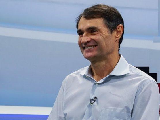 Paraíba Online • Romero Rodrigues cita nome de juiz como alternativa à sua sucessão