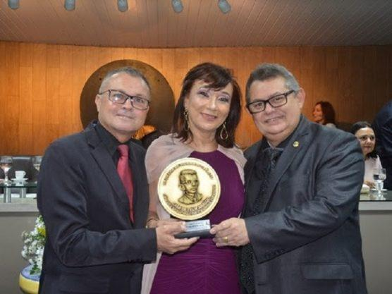 Paraíba Online • Câmara Municipal de Campina Grande presta homenagem a Denise Sena