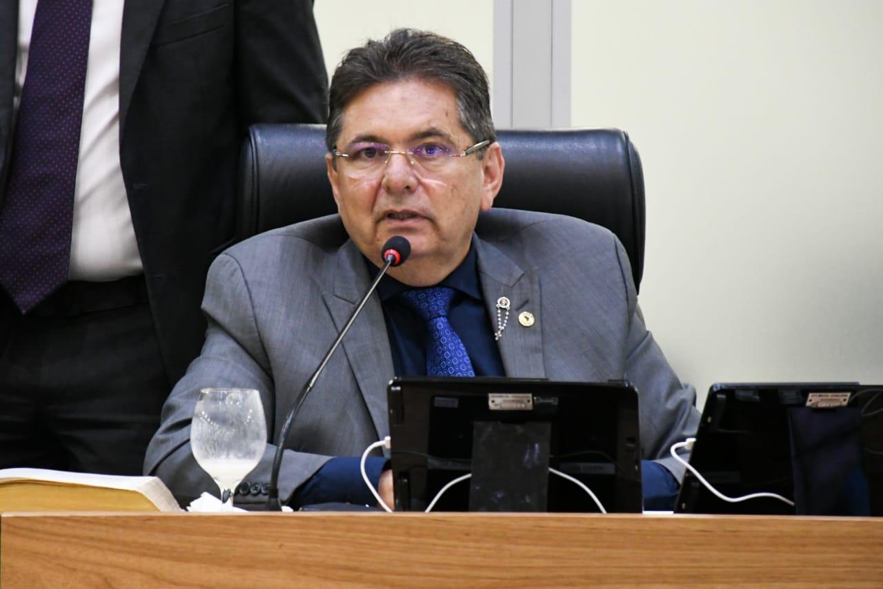 """Paraíba Online • Presidente sobre reforma da ALPB: """"Estou fora desse debate"""""""