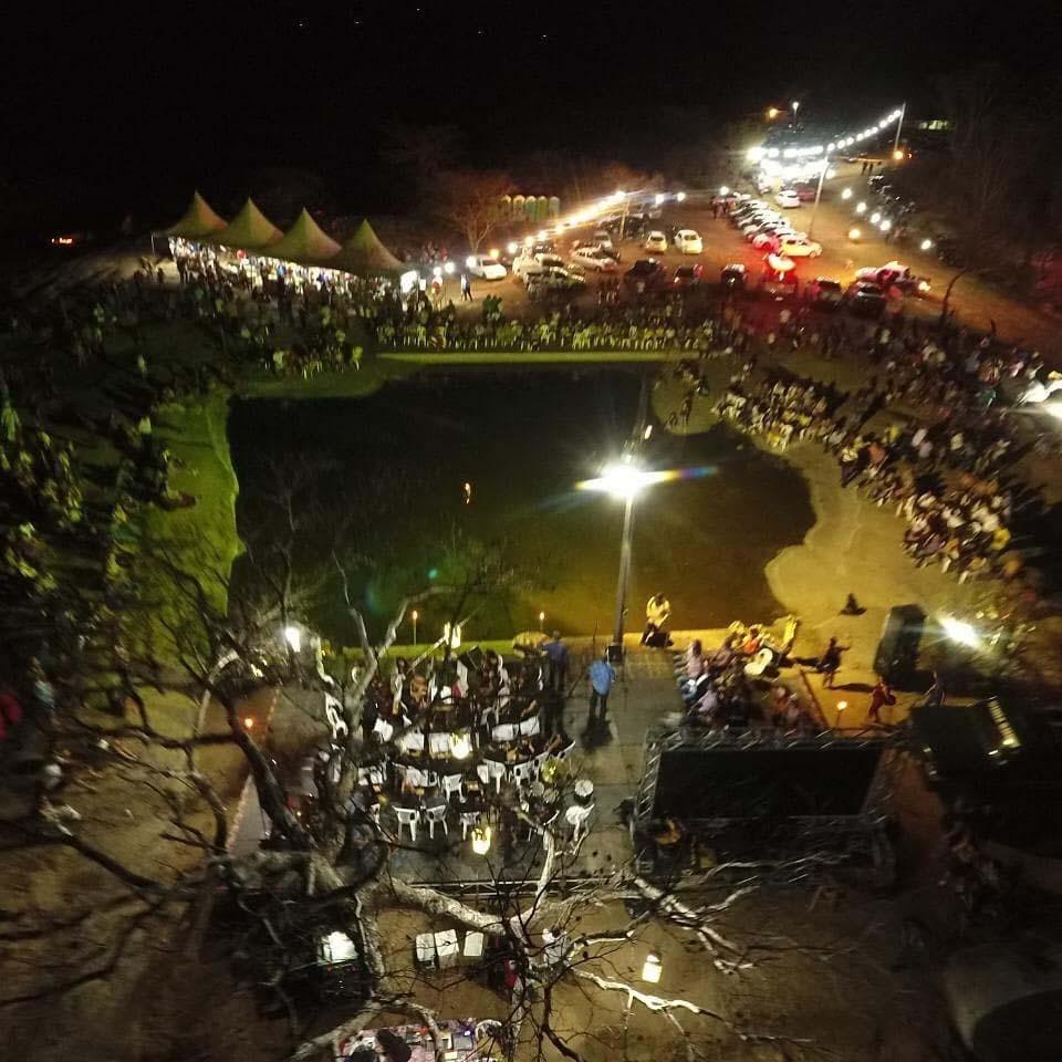 Paraíba Online • Som nas Pedras reúne centenas de pessoas na cidade de Princesa Isabel