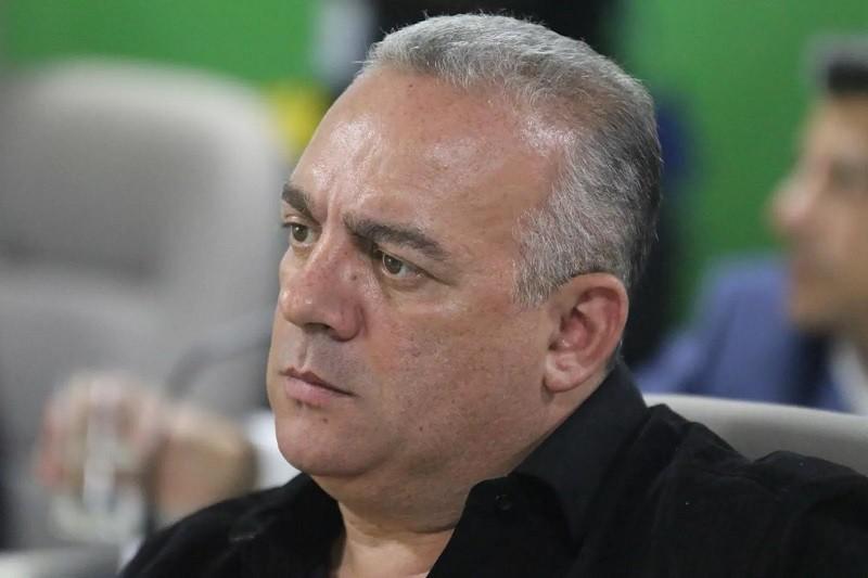 Paraíba Online • STJD pune presidente do Treze por dívida com atacante Saldanha