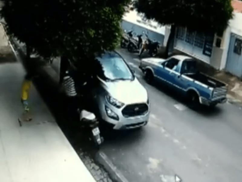 Paraíba Online • Suspeito de roubar carro de concessionária vai preso em Cajazeiras