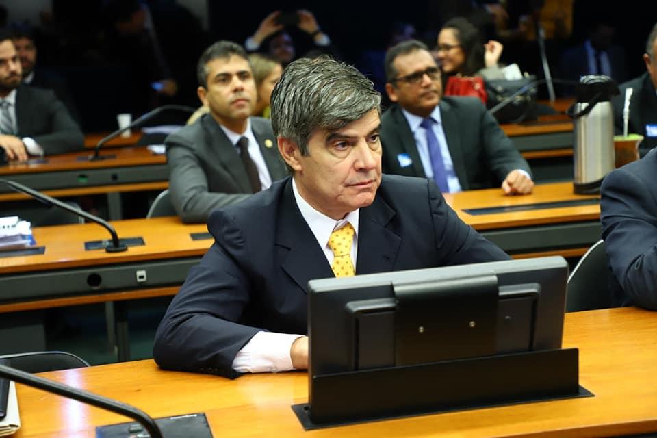 Paraíba Online • Coronavírus: deputado paraibano quer arrecadar R$ 80 bilhões de grandes empresas