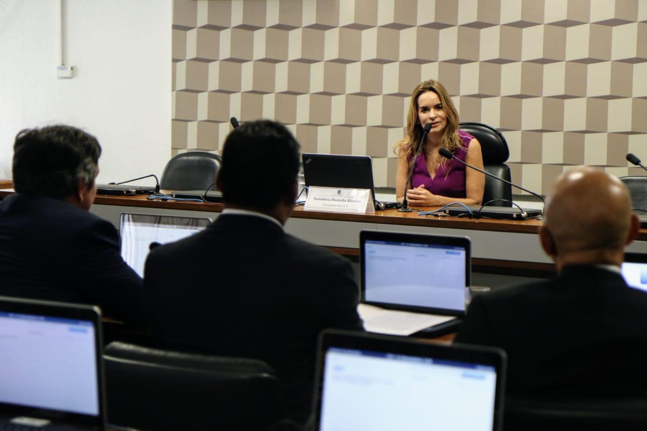 Paraíba Online • Daniella Ribeiro toma posse na presidência da Comissão de Ciência e Tecnologia