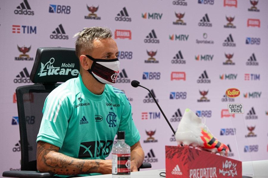 Paraíba Online • Lateral do Flamengo deverá ir para o futebol grego