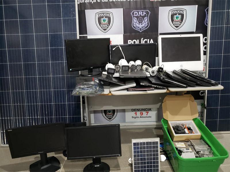 equipamentos roubados0611a - Polícia prende receptador de equipamentos roubados de agências bancárias em CG