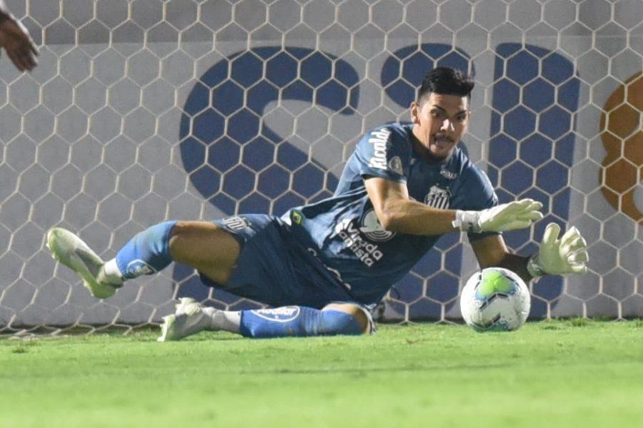 Paraíba Online • Brasileirão: jogo tem 'gol contra' de mão e empate no último minuto