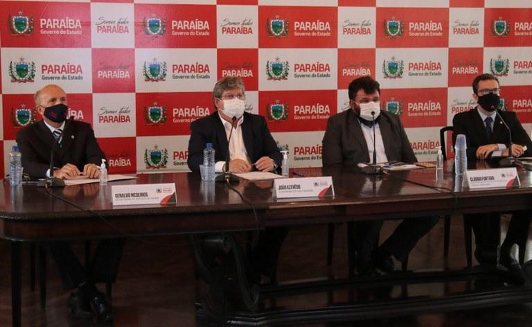 joao e equipe - Governo apresenta plano para o retorno das aulas presenciais na Paraíba