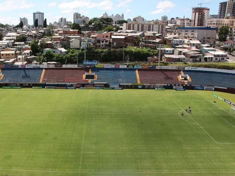 Paraíba Online • Campeonato Mineiro para até abril por aumento exponencial da Covid-19 em MG
