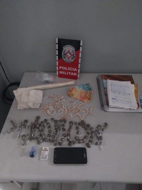 Paraíba Online • Polícia prende mulher por tráfico de drogas no Litoral
