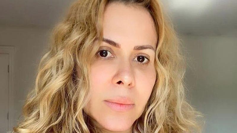 Paraíba Online • Cantora comenta sequelas após Covid-19 e revela que enfrenta recaída da doença