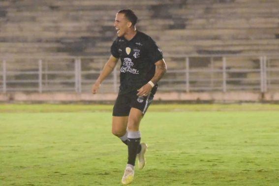 Paraíba Online • Em noite de Birungueta, Treze estreia no Paraibano com goleada sobre o Atlético-PB