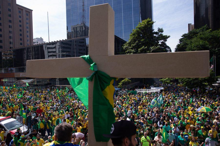 Paraíba Online • Aliados estimulam Bolsonaro a atacar Supremo, governadores e prefeitos